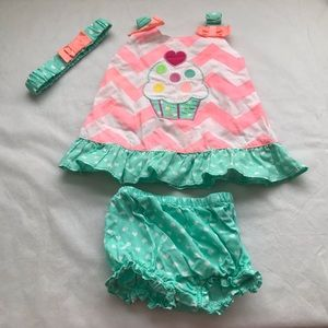 GEORGE 3 pc ice cream and chevon print outfit